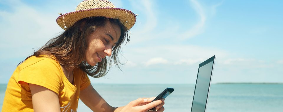 image Tips on Balancing Work and Your Social Life This Summer